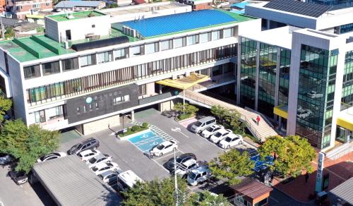 문경시 치매안심센터(센터장 유시일)문경대학교 치매극복 봉사동아리와 재능기부 봉사활동 펼친다 !!